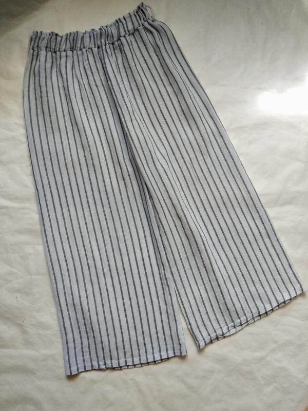Широкие прямые штаны брюки кюлоты в полоску