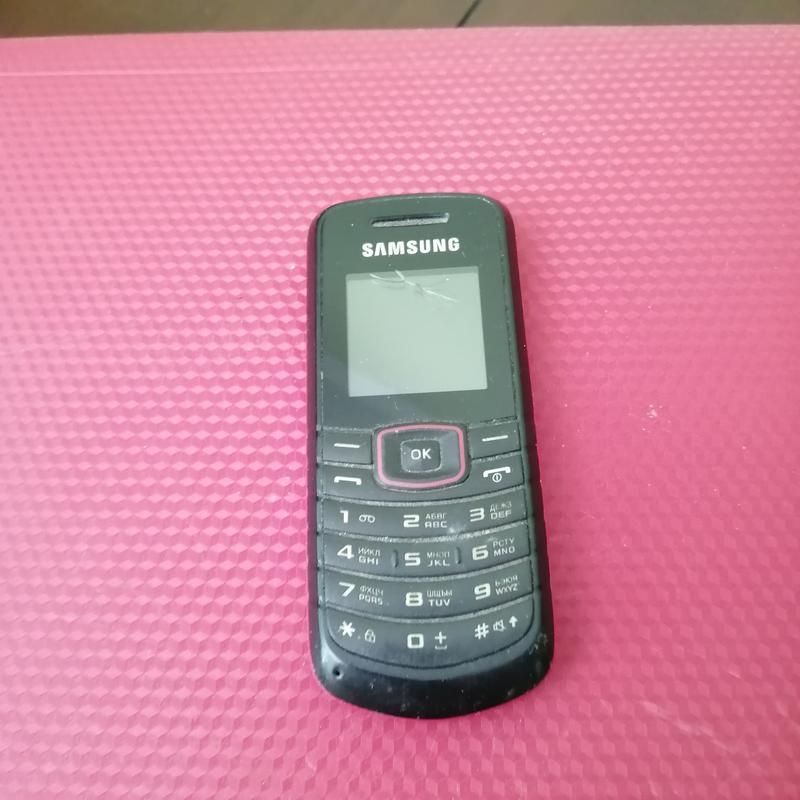 кнопочний телефон Samsung бу