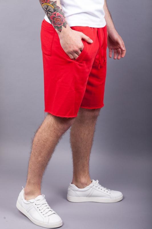 Стильные мужские красные шорты - Фото 3