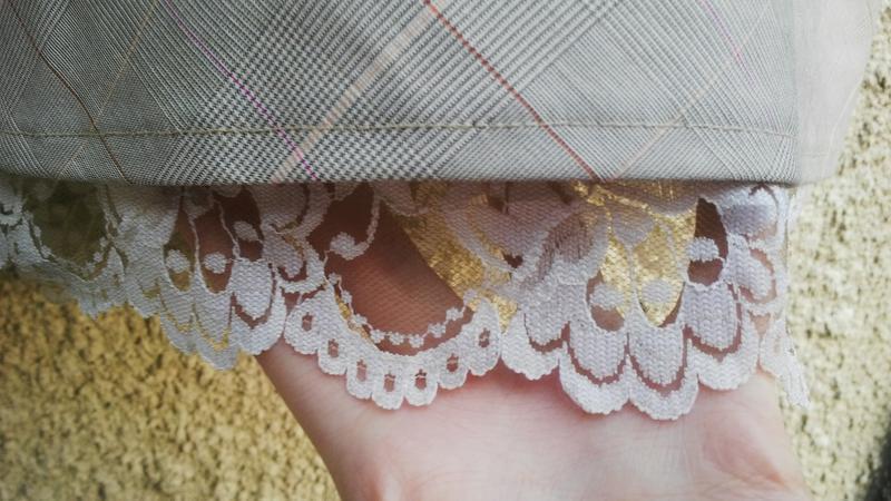 Красивая юбка в в клетку(на подкладке) с кружевом по низу,виск... - Фото 5