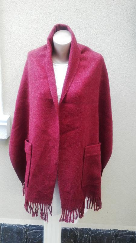 Красивый,большущий,шерстяной шарф-пончо,накидка с накладными к...