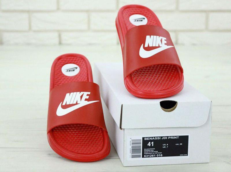 Шлепанцы сланци Nike