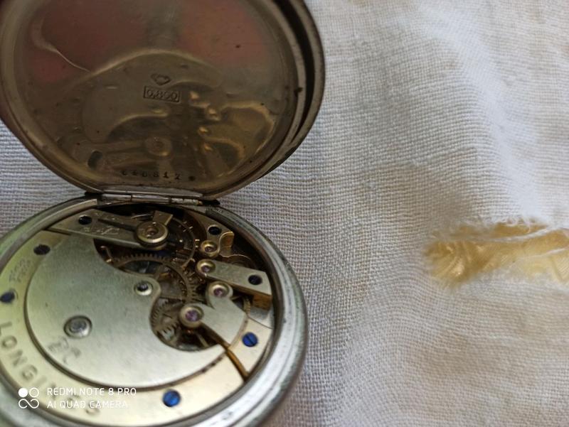 Старые серебряные часы продам в часы ломбард сдать