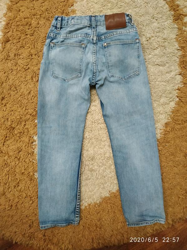 Крутые фирменные джинсы slim fit на 6-7 лет