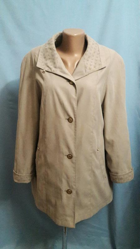 Куртка весенняя ,пальто