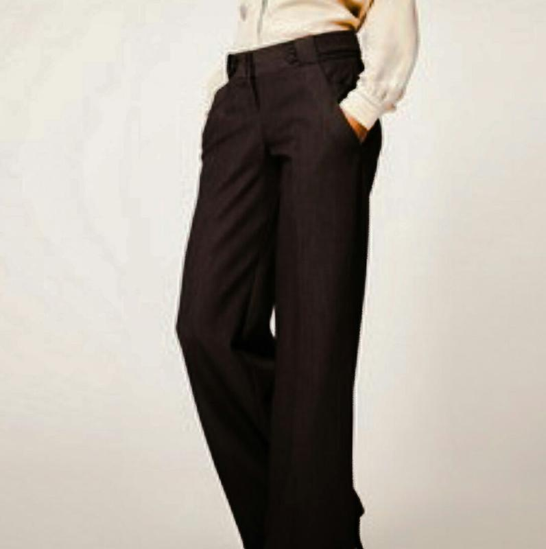 Женские брюки jones new york классические.