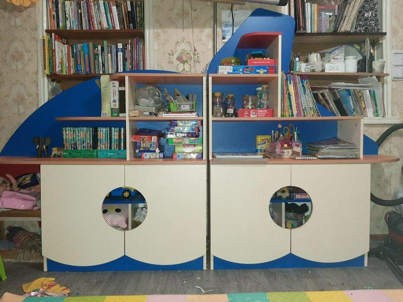Детская стенка для игрушек. шкаф в детскую