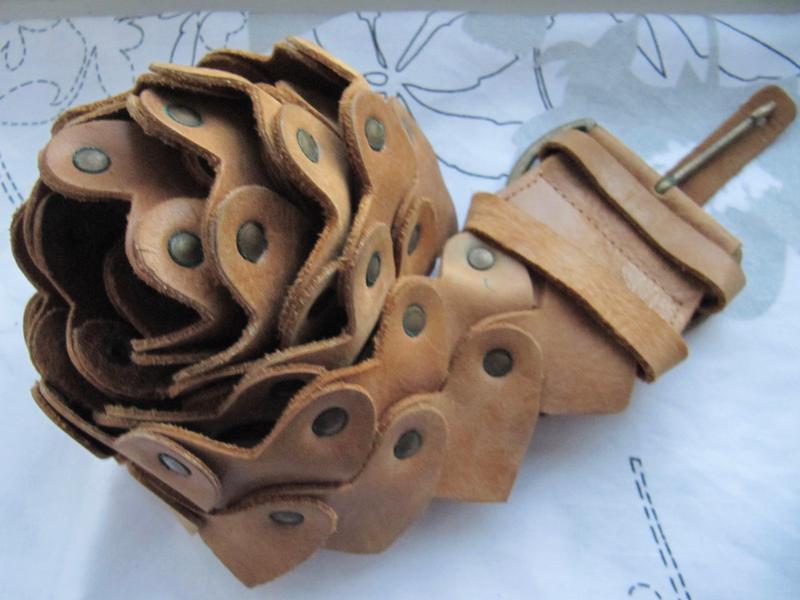 Ремень пояс кожаный сердечками per una (m/l)