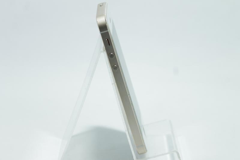 Apple iPhone 5s 64GB Gold Neverlock  (26042) - Фото 2