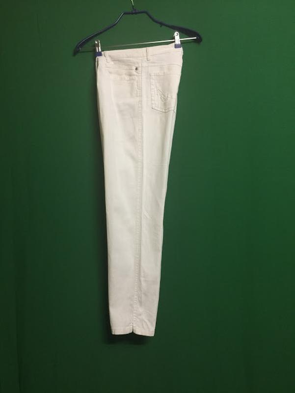 Полульняные белые укороченные брюки rosner - Фото 3