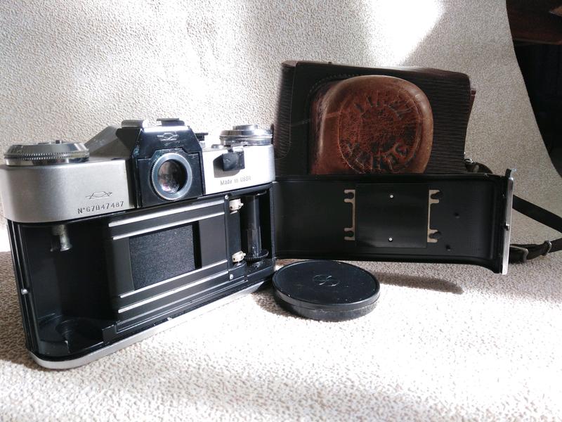 Fotoapparat Zenit E Na Izi Ua 4609174