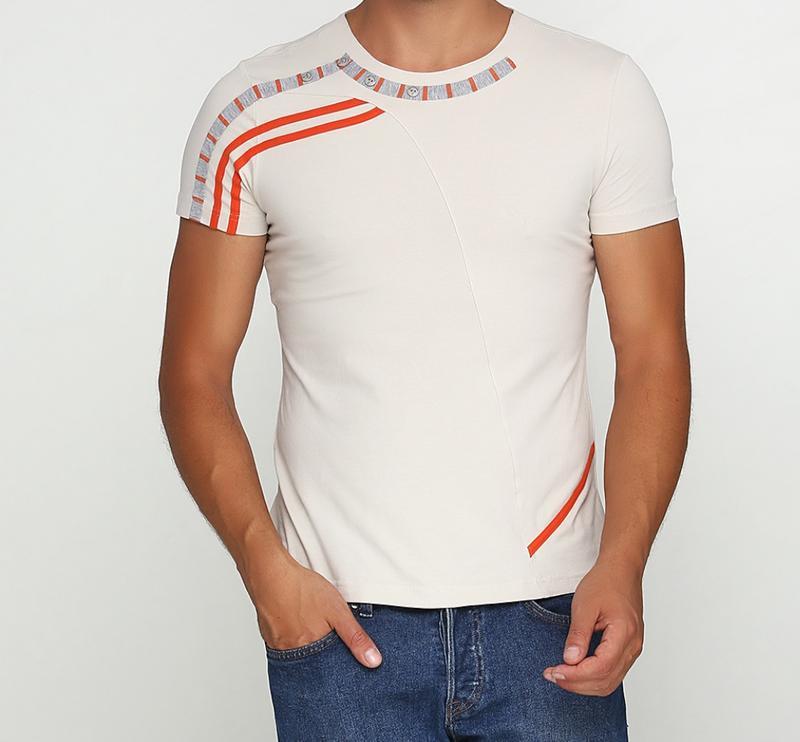 Красивая мужская трикотажная футболка отличного качества с кру...
