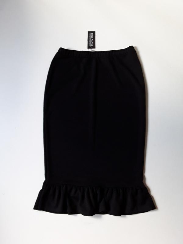 Трикотажная юбка карандаш с оборкой