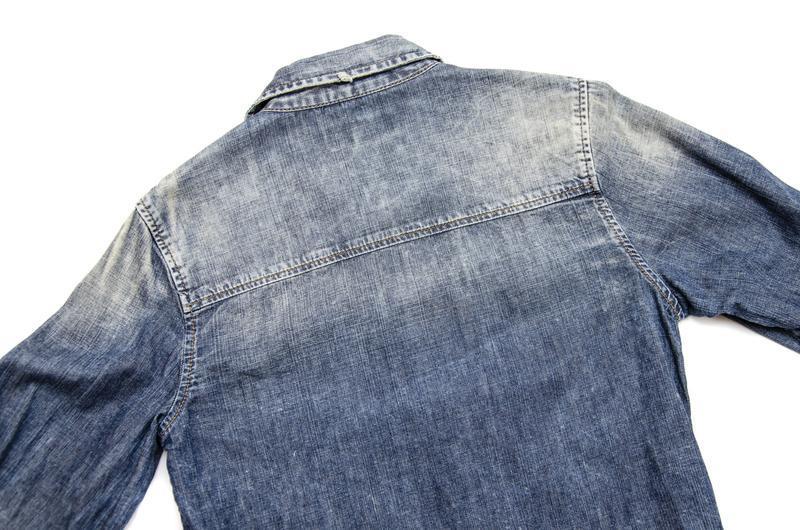 Рубашка джинсовая ltb. размер s - Фото 3