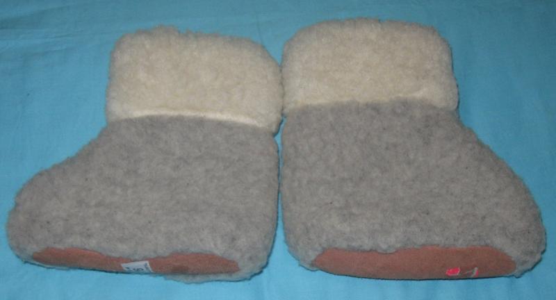 Пинетки  детские теплые  натуральный мех. Дешево  Длина – 16 см