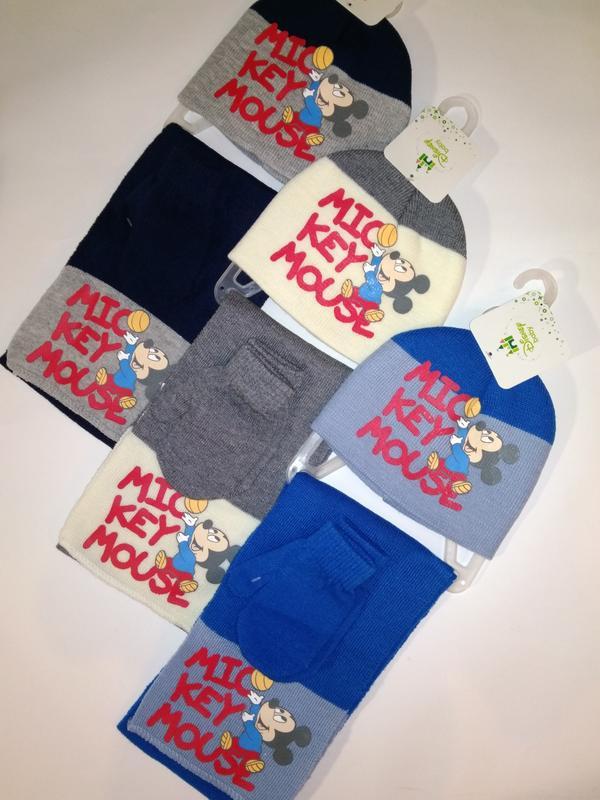 Комплект disney/pixar микки маус шапка +шарф +варежки три расц...