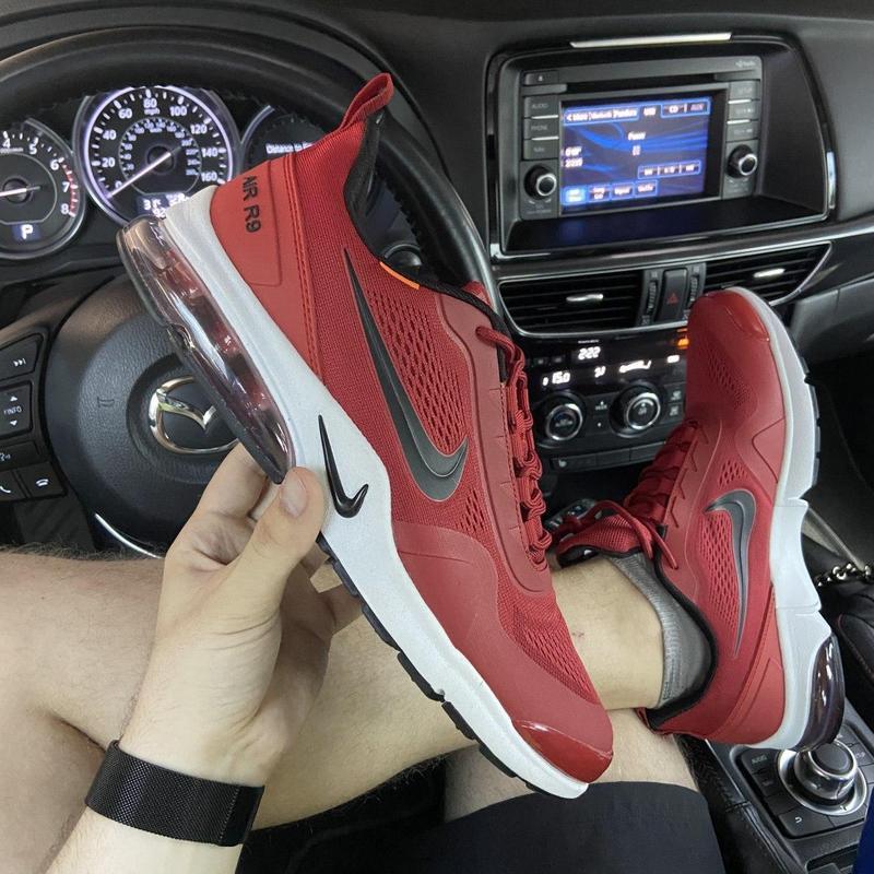 Nike air presto red white.