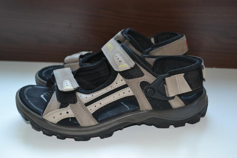 Ecco 41р сандалии босоножки кожаные. оригинал.