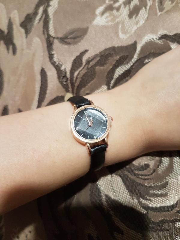 Элегантные черные наручные часы - Фото 5