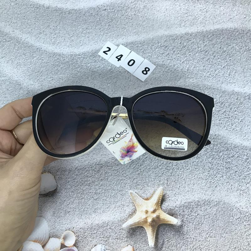 Очень стильные коричневые очки  к. 2408