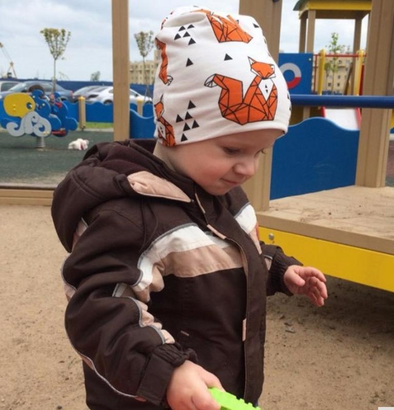 Детская шапка и хомут, демисезонный комплект: лисички на белом... - Фото 4