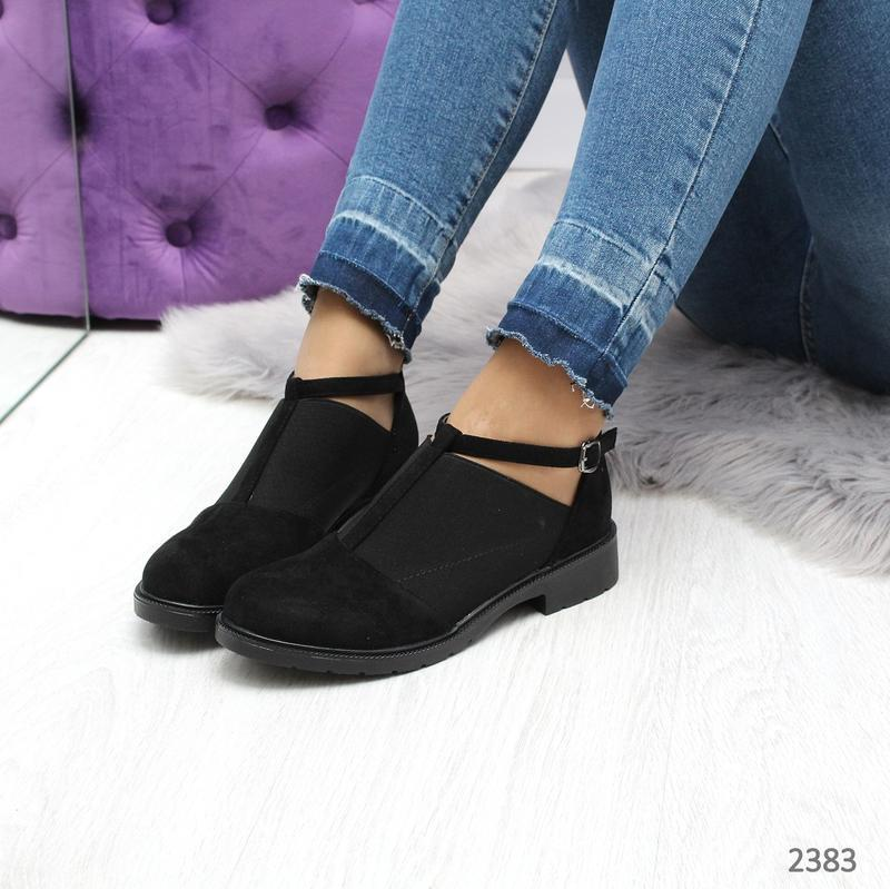 Стильные череые туфельки новиночка
