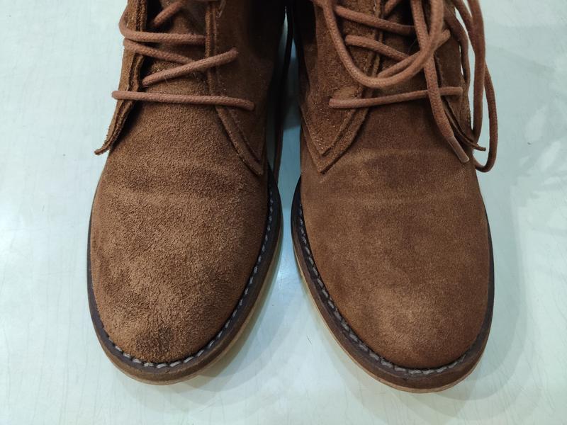 Демисезонные замшевые ботинки на шнуровке - Фото 6