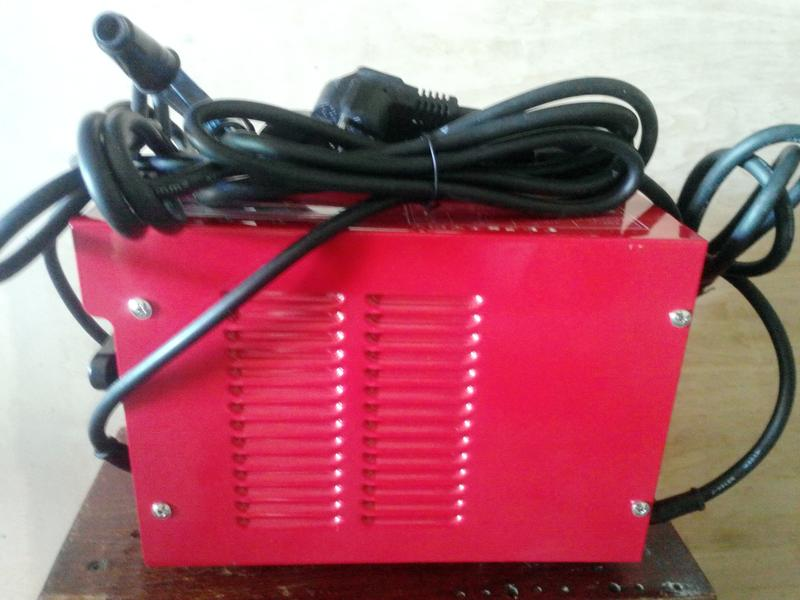 Сварочный аппарат фирмы Einhell из Германии , рабочий как новый.