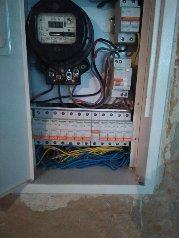 Вызвать электрика, штробление под проводку, замена проводки и пр.