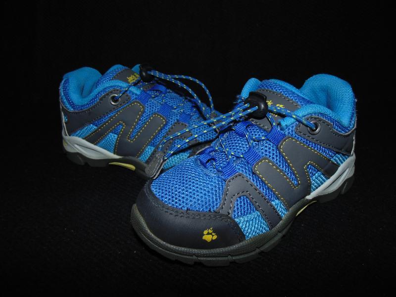 Крутые кроссы jack wolfskin 27р,ст 17,5 см.мега выбор обуви и ...
