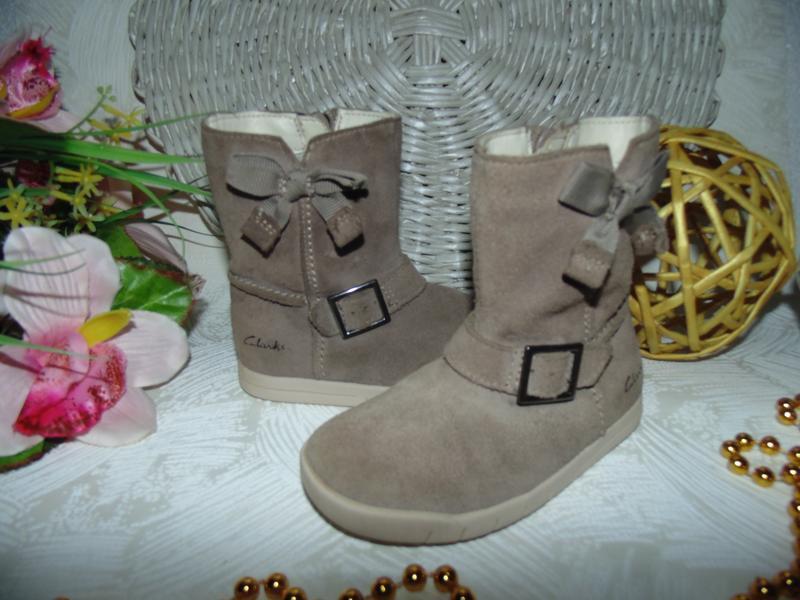 Шикарные сапожки clarks 22.5(6f)р,ст.14,5 см.мега выбор обуви ...