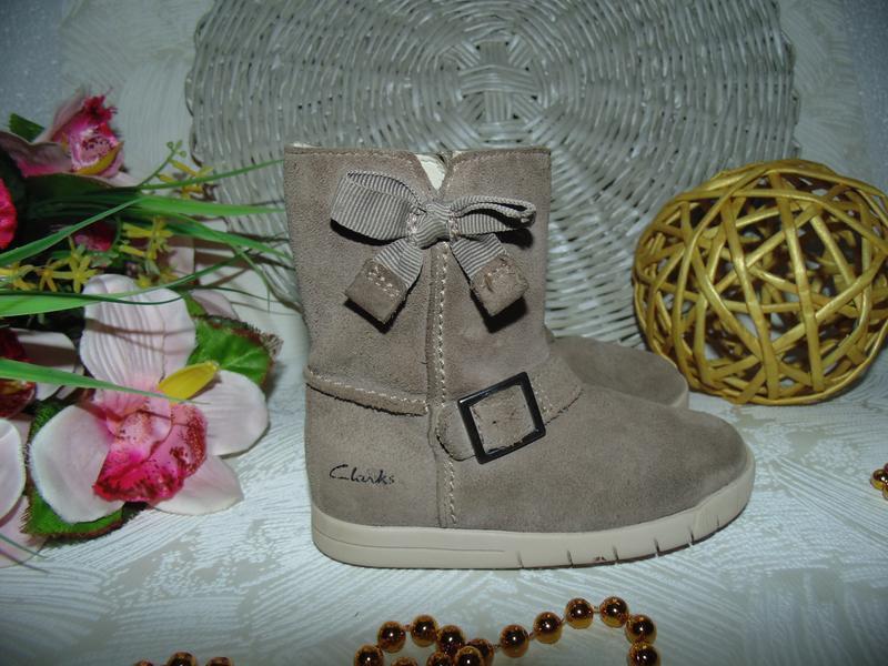 Шикарные сапожки clarks 22.5(6f)р,ст.14,5 см.мега выбор обуви ... - Фото 3