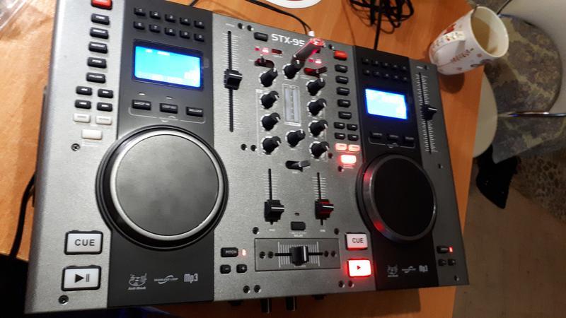 DJ контроллер Skytec STX 95 - Фото 2