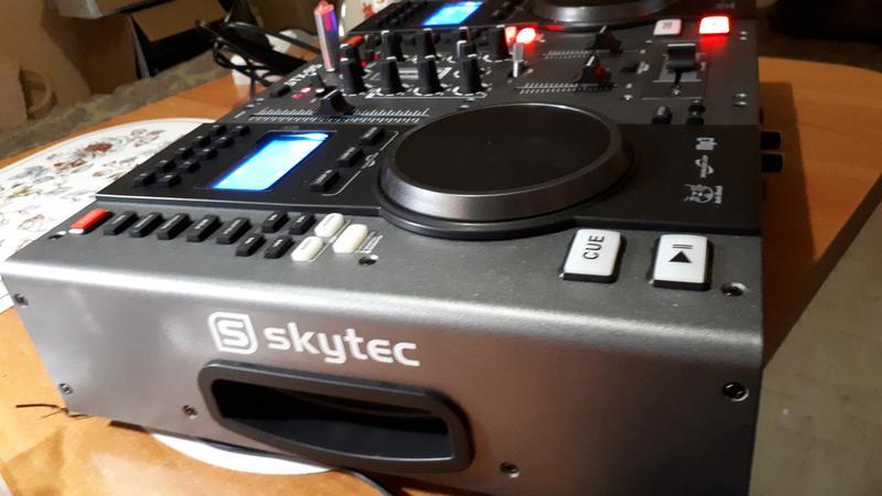 DJ контроллер Skytec STX 95 - Фото 3