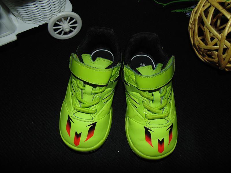 Моднячие кроссовки adidas - Фото 3