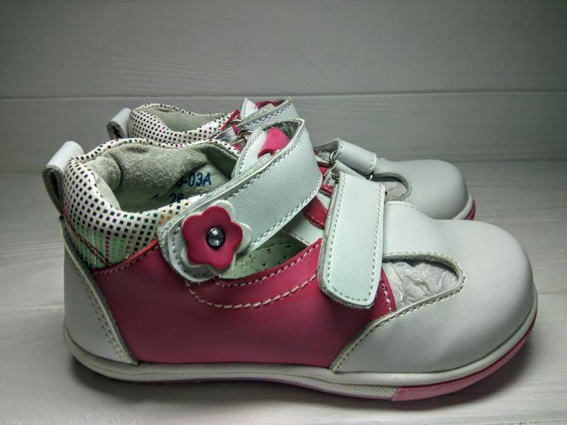 Туфли для девочек фирмы calorie