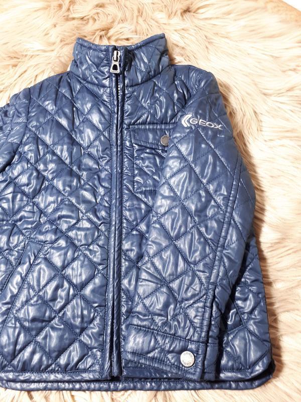 Стеганая  куртка для мальчика 2-3 лет geox - Фото 3