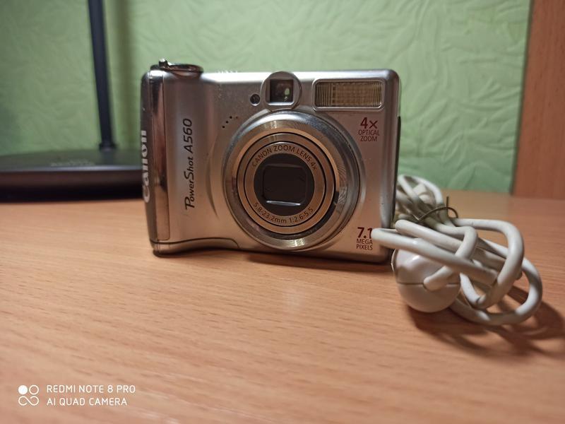 Фотоапарат canon a560