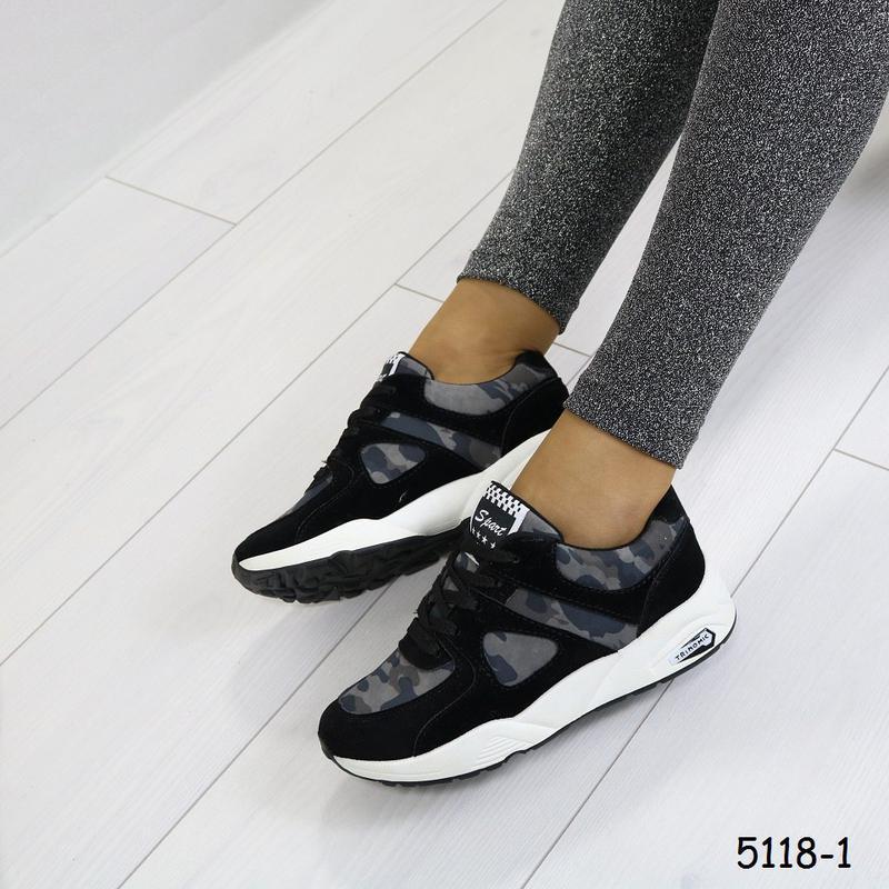 Кроссовки женские камуфляжные с чёрным - Фото 4