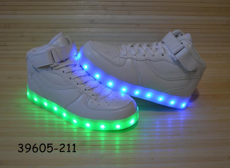 Кроссовки со светящей led подошвой с usb кабелем размеры 30 - 38 - Фото 4