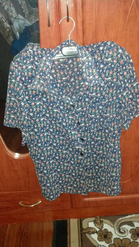 Блузка в цветочок