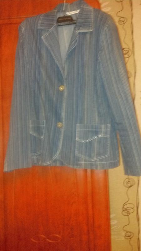Джынсовой пиджак