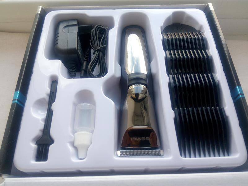 Беспроводная\аккумуляторная машинка для стрижки Gemei GM-829