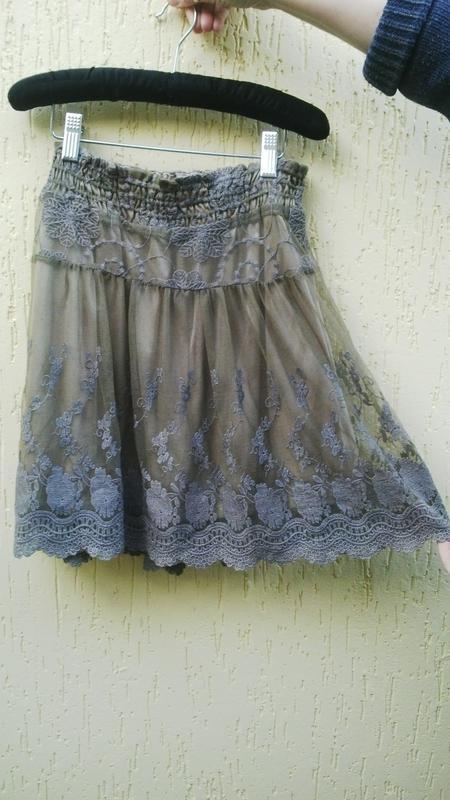 Очень красивая,кружевная юбка,италия