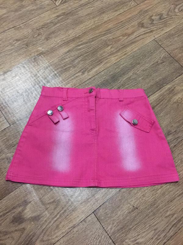 Красивая розовая джинсовая юбка!на 10-12 лет!