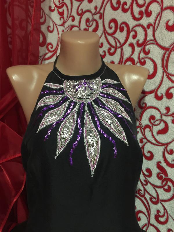100% шелковое платье  на подкладке с вышивкой и разрезами по б... - Фото 2