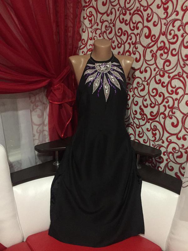 100% шелковое платье  на подкладке с вышивкой и разрезами по б... - Фото 3