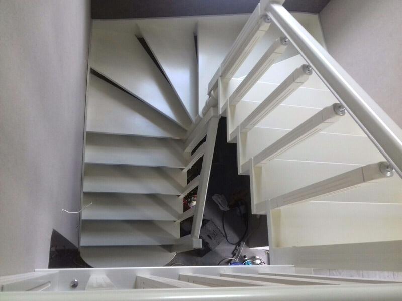 Монтаж деревянной лестницы, изготовление ,реставрация .Опыт работ - Фото 7
