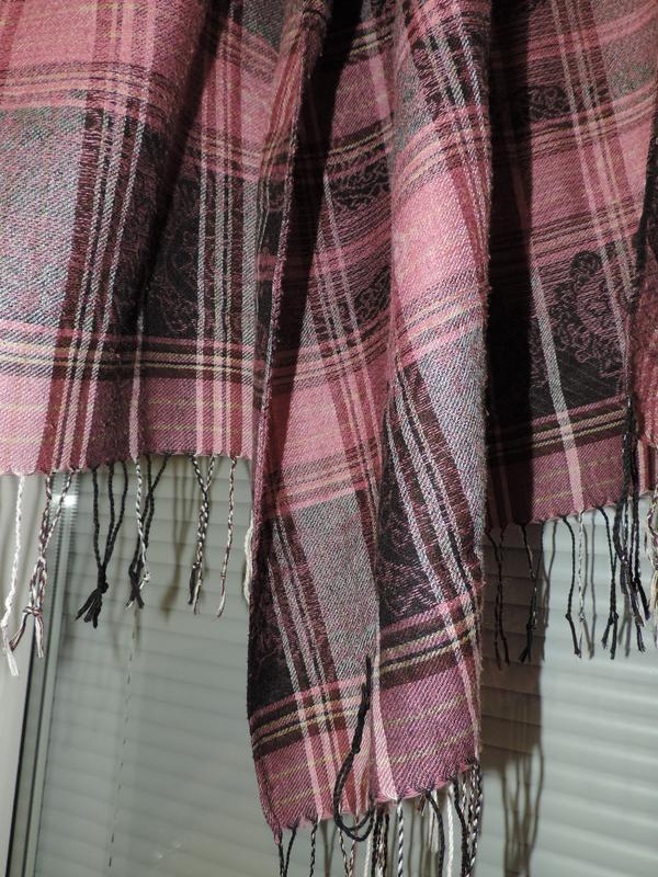 Стильный шарф палантин в клетку - Фото 2