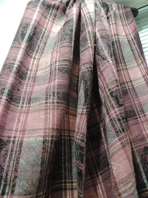 Стильный шарф палантин в клетку - Фото 5
